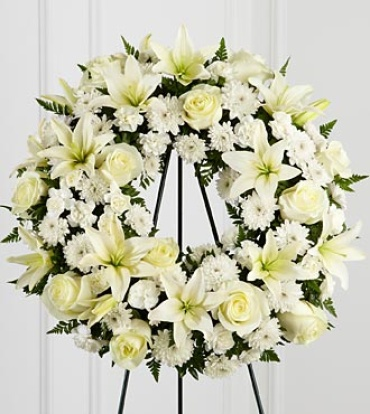 The Treasured Tribute™ Wreath