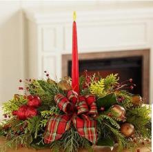 FRESH HOLIDAY ARRANGEMENT Dec. 8th